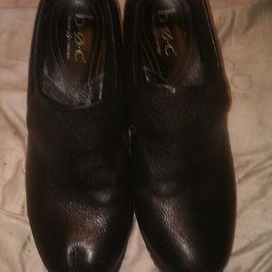 B.O.C. heeled loafer. Nice!